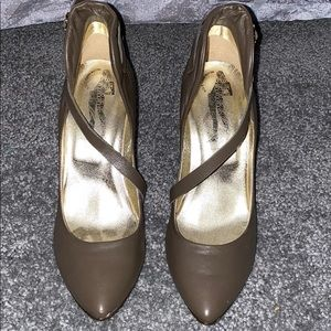 Sigerson Morrison Size 8 1/2, 3 inch Heels